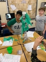 5th Grade participates in STEM activity